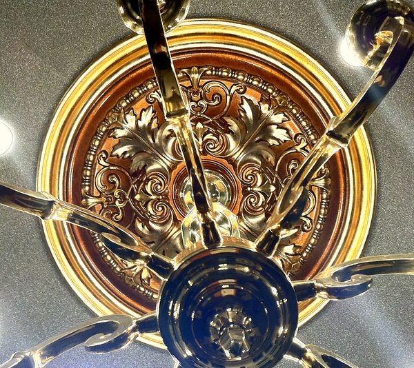 Преображение потолочной розетки из полиуретана