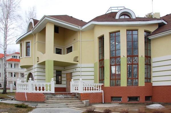 Современный фасадный декор из полиуретана