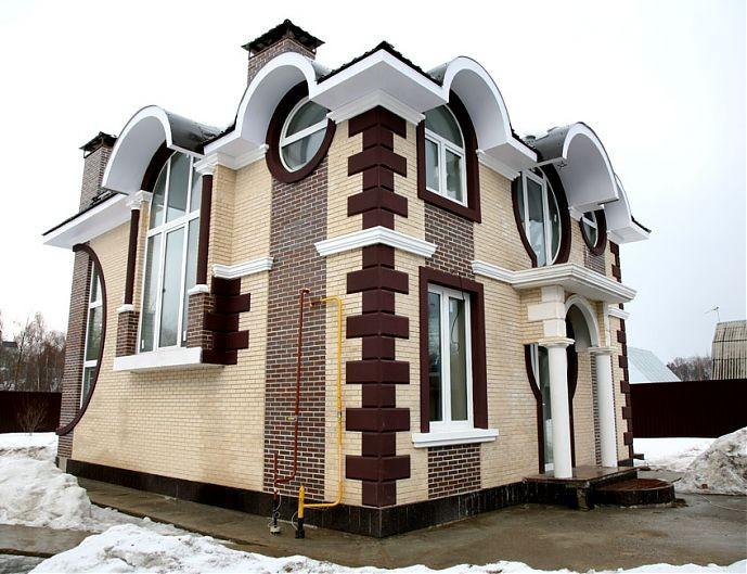 Классическая фасадная лепнина в современных домах