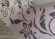 Цветы на стенах - жидкие обои