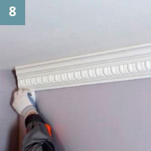 При необходимости места примыкания  изделия к стене и потолку протереть